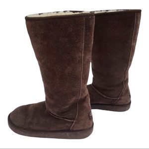 Ugg Vintage Quilted Tall Sheepskin Boots Brown
